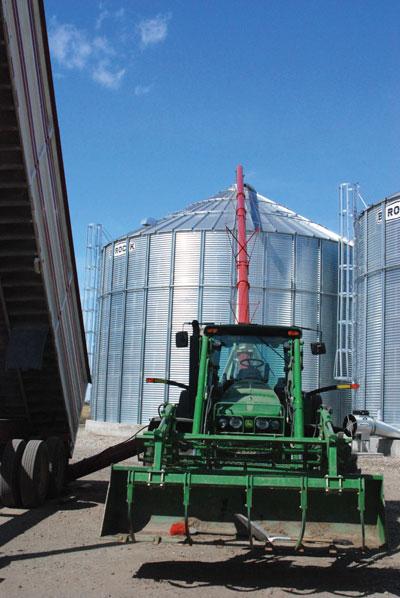 WTCM-16-33--Grain-storage-2010