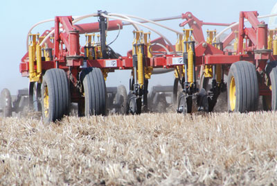 wtcm-15-1--2010-bourgault-drill