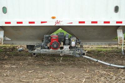 wtcm-24-2--seed-jet-on-hopper-bottom1